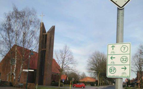 Radwege mitten durch Fehndorf nach Holland