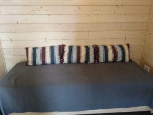 Stapelbett als zusätzliche Schlafmöglichkeit oder als Sofa nutzbar