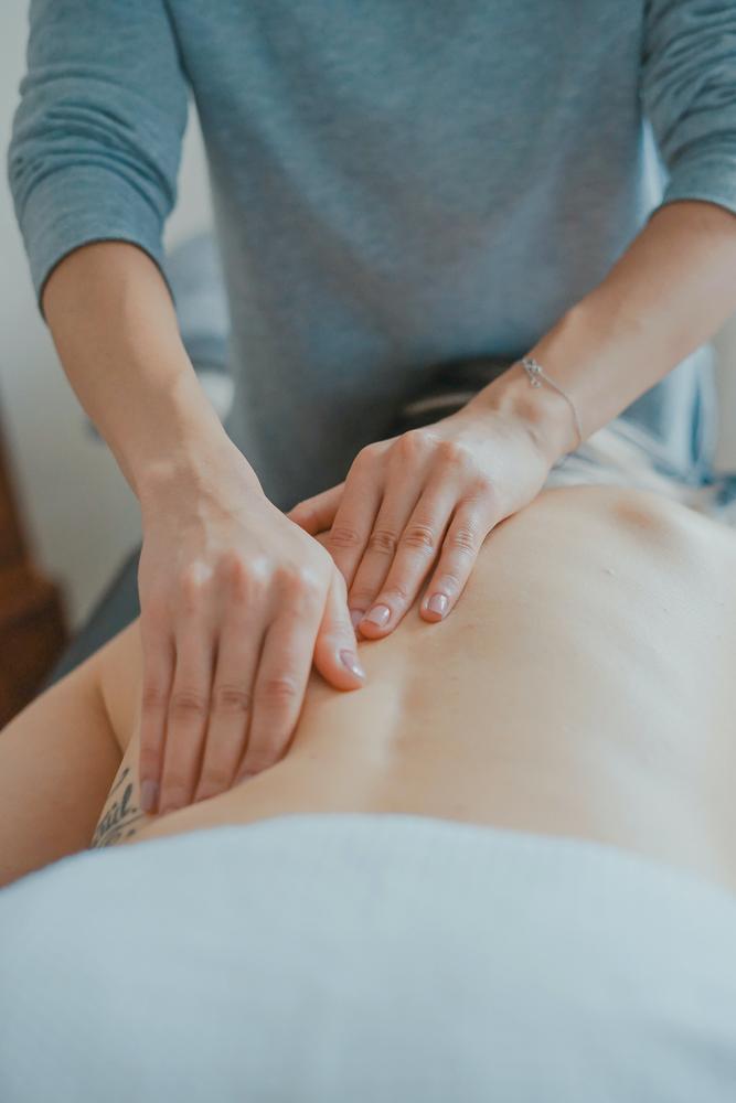 Anikas Knethus - Massagepraxis beim EMSLAND-CAMP